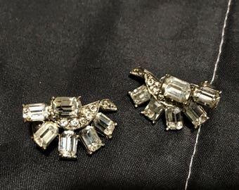 Weisner Vintage clip on earrings 1940s
