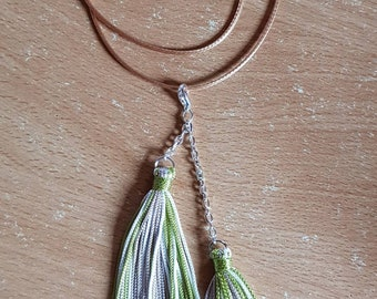 Silk thread tassel pendant