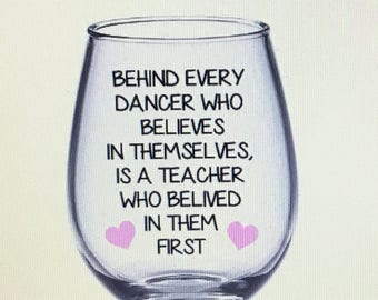 Dancer wine glass. Dance teacher wine glass. Dance teacher gift. Dancer gift. Dancing wine glass. Dancing gift. Gift for dancer.