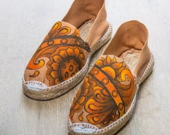 """Toasted espadrilles from the """"Tierra"""" collection"""