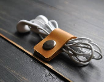 Cord organizer 5pcs Cable case Cable Keeper  Cable Holder USB Holder Headphone organizer Earbud clip  Cable wrap Earphone case Cord holder