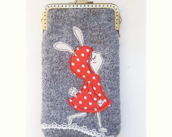 iPhone Case iPhone sleeve gadget case - Proud Free Motion Embroidery girl  (iPhone X, iPhone 8, iPhone 8 Plus, Samsung Galaxy S8 etc.)
