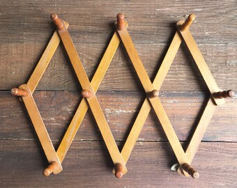 Vintage wooden wall peg rack, accordian, expanding, fold out, 10 pegs