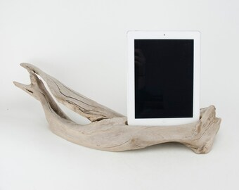 On Sale! Docking Station for iPhone, iPhone Charger, iPhone Charging Station, iPhone driftwood dock, wood iPhone dock/ Driftwood-No.1028