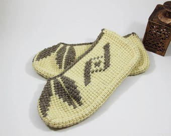 Natural wool slippers, crochet winter slippers, women's men's slippers