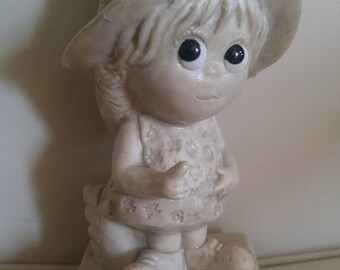 "Russ Berrie and Co INC "" I love you more than Fridays "" 1970s , big eyes , collectable valentine"
