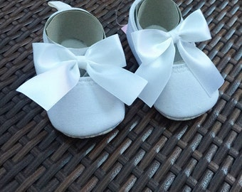 Baby Girls Satin Bow Detail Christening Shoes, white, Size 12-18 months