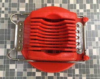 Kitsch vintage 1950s Egg Slicer