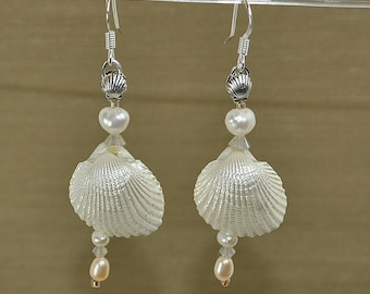 Angel Heart freshwater pearl earrings