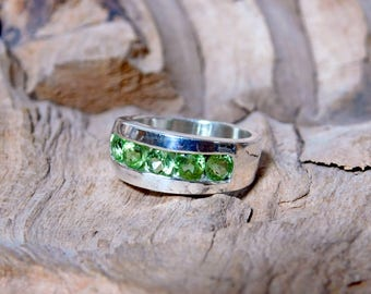 Sterling Silver Ring with 5 Peridot Stones RF604