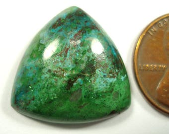 PARROT WING, 20 mm trillion cut cabochon, 16.48 carats parrot wing focal cabochon, malachite and chrysocolla gemstone