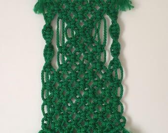 MACRAME WALL HANGING 58, green, macramé wall tapestry, Bonnie Craft Cord