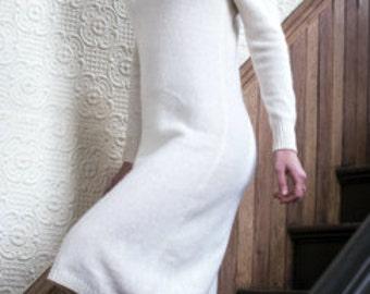 Lambswool Knit Sweater Dress., Vintage Winter White Dress. Vintage Knit Dress.  // Minimalist Vintage Dress