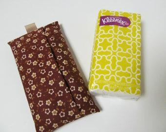 Tissue Case/Ivory Flower