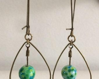 Glass bead drop earring