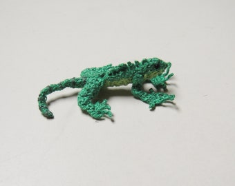Miniature Crocheted Embroidered Green Iguana Lizard Reptile -Amigurumi Iguana Lizard -Plush Stuffed Lizard -Unique Gift- Display Case