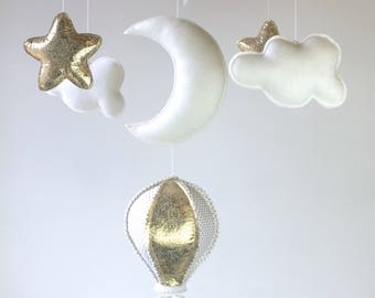 Baby Mobile, Hot Air Balloon Mobile, Baby Girl Mobile, White and Gold Mobile, Baby Mobile, Nursery Decor, Gift Packaging