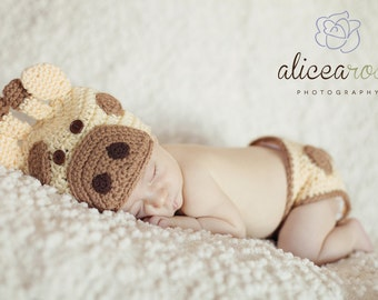 Baby Giraffe Hat and Diaper Cover - MADE TO ORDER - 0 to 24 Months