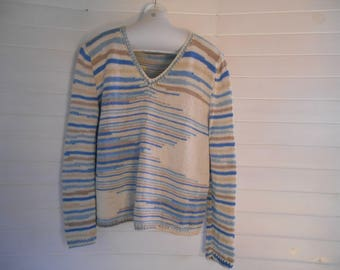 Bamboo, blue and beige sweater.