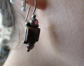 Vintage Silver Garnet and Red Stone Drop Earrings