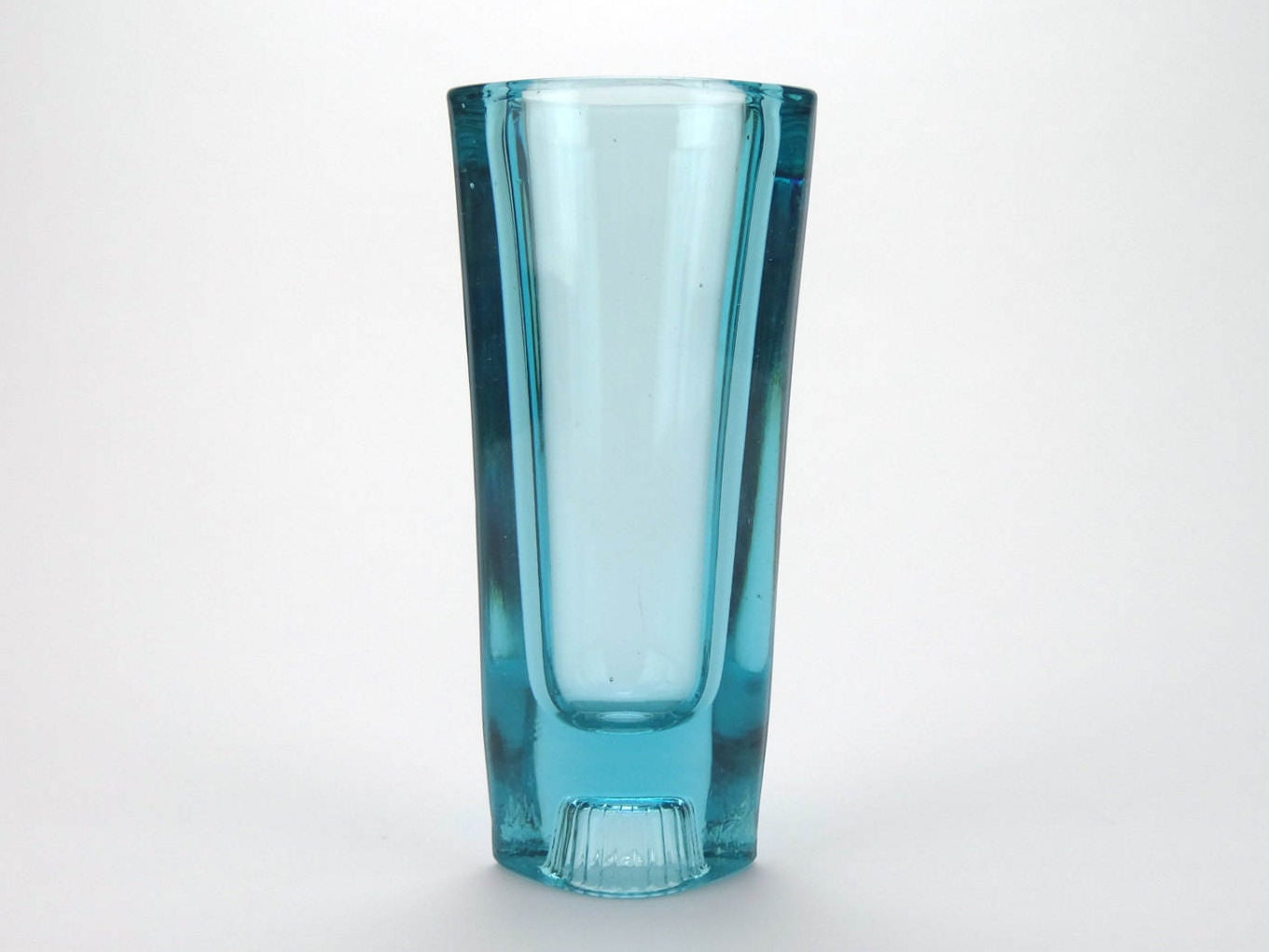 Milo filip 1960s retro czech light blue glass vase for sklo description stunning vintage czech sklo union glass vase reviewsmspy