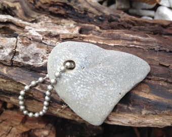 Holey Stone Keyring - Witchcraft - Celtic Faerie Realm - House & Pet Protection - Odin Stone Key Chain - Pagan - Sidhe - Faerie Magick
