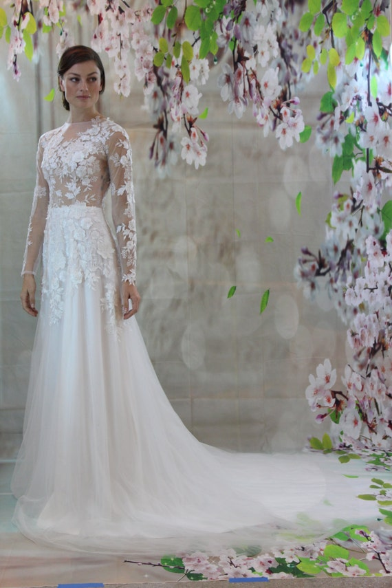 Sexy romantic 3d lace silk bridal gown beach wedding dress junglespirit Image collections