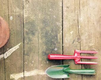 1950er Jahre Kinder-Garten-Werkzeuge