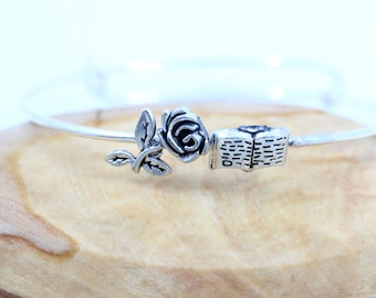 Belle Soldered Charm Bangle