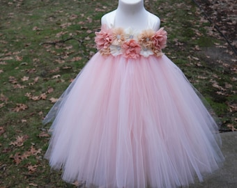Girls Blush Pink Dress; Light Pink flower girl dress; girls light pink party dress; Girl's summer birthday Dress; girls pink tulle dress