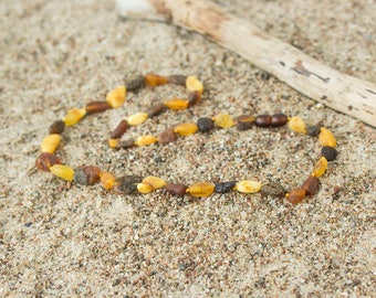 Raw amber necklace with mixed colors beads