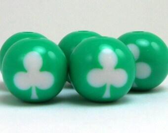 10 Green 3-Leaf Clover Acrylic Beads 16MM (H1839)
