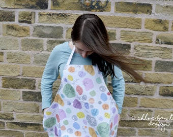 NEW! Colourful White Seaside Apron- This just what you need when baking goodies!