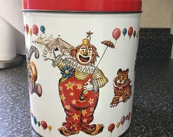 Vintage J.L.Clark Circus large tin with red lid. Used, good condition. 1960s.