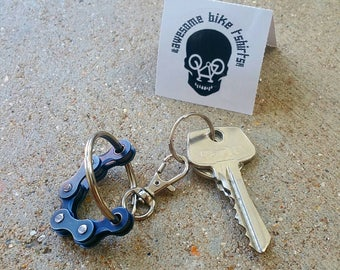 Big Fidget Keyring Bicycle Chain Keychain fantastic little keychains make a great gift, loved by any Cyclist Bike Rider Punk Industrial play