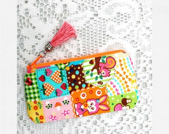 small pouch - Flowers + Friends - made from Japan fabric, lined with vintage fabric coin purse gift bag