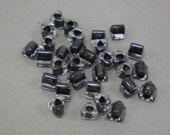 Triagle Black Beads