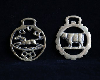 Animal saddle brasses