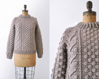 1980's knitted sweater. handmade. 80's tan nub sweater. winter. brown. wool. m.