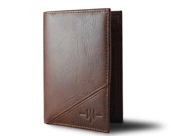 The Douglas - Bi-Fold Mens Wallet: Brown