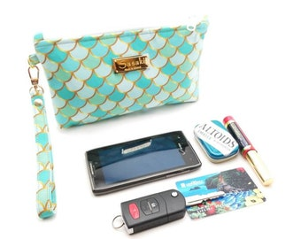 Mermaid Scales Wristlet - iPhone 6+, Samsung 8+  Ready to Ship
