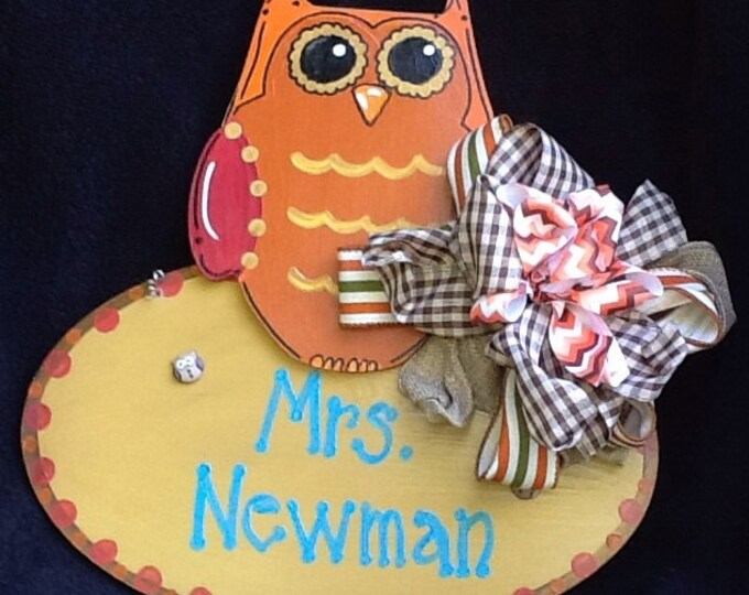 Owl door sign, teacher door hanger, back to school, welcome door sign, classroom door sign, learning is a hoot, reading door sign,