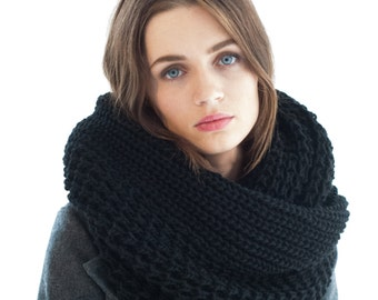 Wool Scarf / Chunky Scarf / Infinity Scarf / Winter Shawl / Loop Scarf / Knit Loop Scarf / Oversize Scarf / Marcellamoda k - MA0402
