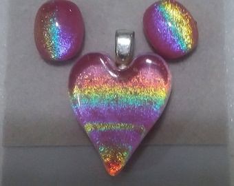 PINK DICHROIC HEART Set Pink Rainbow Dichroic Fused Glass Heart and Stud Earrings Trina Rindy
