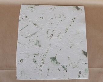 Porcelain wall pendant with various flowers ingdrukt Ginkgo fern Lavender