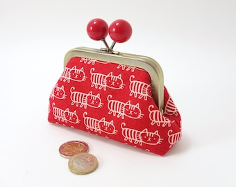 Clasp change purse, funny red balls, white cats on red  / Kiss lock snap coin purse / Antic brass metal frame