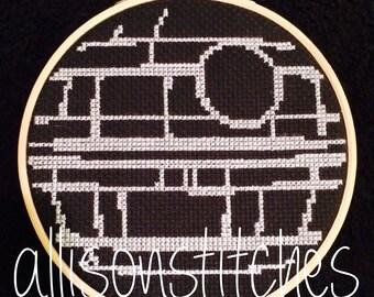 """7"""" Minimalist Death Star Cross Stitch"""