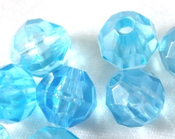 28 Vintage Clear Blue Plastic Round Faceted 8mm Beads