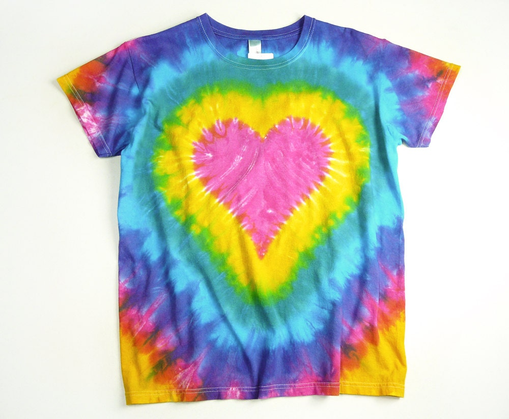 Ladies Tie Dye Shirt Pink Heart Rainbow Design Valentines
