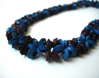 Blue and brown floral necklace